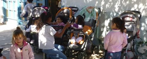Arbeit mit Kleinstkindern